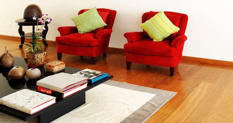 Decoração com pisos de madeira maciça